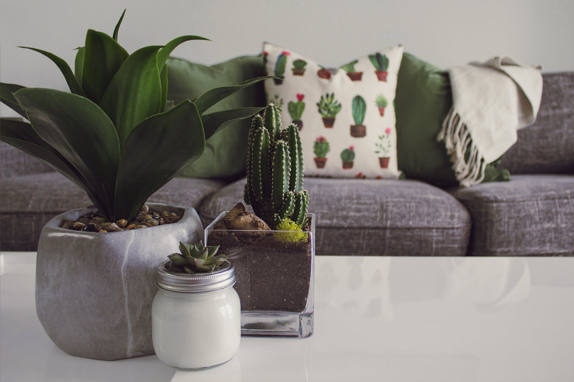 How to start a home decor business