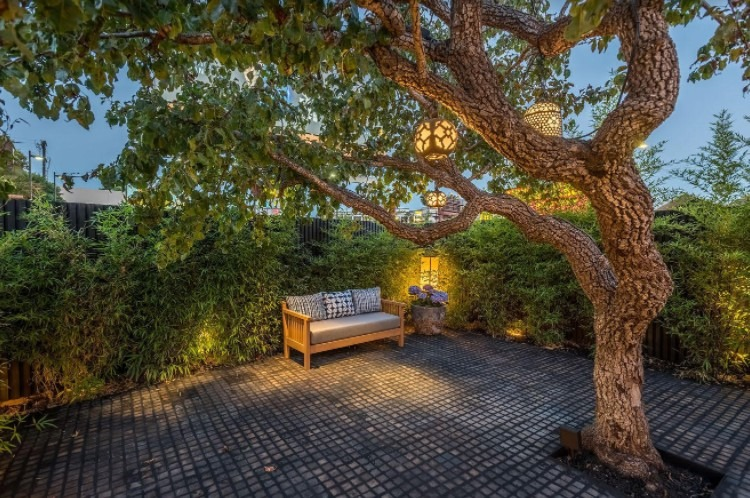 3 reasons why homeowners are shifting to sustainable hardscape materials